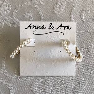 ANNA AND (&) AVA GOLD PEARL HOOP EARRINGS! NWT!